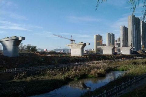 烟台开发区跨龙烟铁路桥工程
